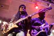 Doug Wimbish -bajo- y Vernon Reid -guitarra- de Living Colour (Santana 27, Bilbao, 2016)