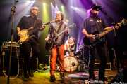 Scott McCaughey -voz y guitarra-, Kurt Bloch -guitarra-, Jim Sangster -bajo- y Tad Hutchison -batería- de Young Fresh Fellows (Kafe Antzokia, Bilbao, 2016)