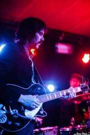 Dani Trillo -guitarra- y Sam Malakiam -batería- de Los Platillos Volantes (Santana 27, Bilbao, 2016)