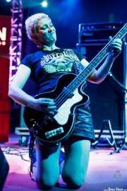 Alicia García, bajista de Buffalo (Purple Weekend Festival, León, 2016)
