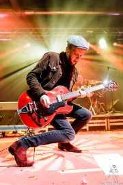 Arjan Spies -voz y guitarra- y Gerrit Scholten -batería- de Mark & The Spies (Purple Weekend Festival, León, 2016)