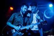 """Iñigo Ortiz de Zárate -guitarra y teclado- e Iñaki García """"Igu"""" -voz y armónica- de The Allnighters (Santana 27, Bilbao, 2016)"""