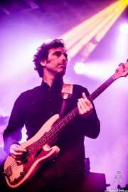 Juan Uribe, bajista en el Homenaje a The Concert for Bangladesh. George Harrison (Santana 27, Bilbao, 2016)