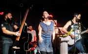 """Víctor Martín -contrabajo-, Iñigo Elexpuru -batería-, Xandra de la Vega -voz y xilofón- y Guillermo Santibáñez """"Will"""" -guitarra y voz- de Mud Candies"""
