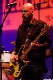 Frank Randall, bajista de Charlie Musselwhite (Sala BBK, Bilbao, 2017)