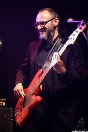 Denis Valentini, bajista en gira de Alejandro Escovedo (Kafe Antzokia, Bilbao, 2017)
