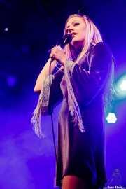 Elin Larsson, cantante de Blues Pills (Santana 27, Bilbao, 2017)