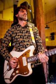 Guitarrista de The Smoggers (Hika Ateneo, Bilbao, 2017)