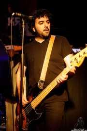 Alejandro Santos, bajista de The Pulsebeats (Kremlin Aretoa, Bilbao, 2017)