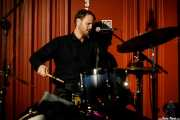 Kyle Sullivan, baterista de Whitney Rose (Satélite T, Bilbao, 2017)