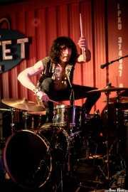 Marco Rivagli, baterista de The Fuzztones (Satélite T, Bilbao, 2017)