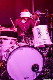 Max Senteney, baterista de The Reverend Peyton's Big Damn Band (Kafe Antzokia, Bilbao, 2017)