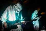 Skybite -bajo- y Weasel Joe -guitarra- de El Altar del Holocausto (Shake!, Bilbao, 2017)
