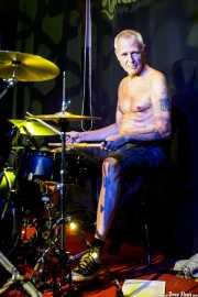 Gilles-Vincent Rieder, baterista de Half Japanese (Kafe Antzokia, Bilbao, 2017)