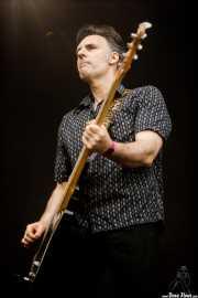 Darren Birch, bajista de The Godfathers (Azkena Rock Festival, Vitoria-Gasteiz, 2017)