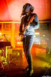 cyborg-0, cantante y guitarrista de The Cyborgs (Azkena Rock Festival, Vitoria-Gasteiz, 2017)
