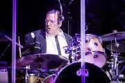 Kenney Dale Johnson, baterista de Chris Isaak (Azkena Rock Festival, Vitoria-Gasteiz, 2017)