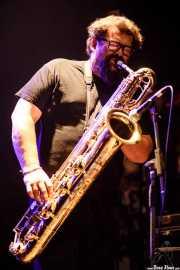 "Francesco Valtieri ""Franz"", saxofonista de Huge Race Fatalists (Kafe Antzokia, Bilbao, 2017)"