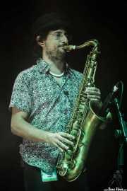 Tuli, saxofonista de Xoel López (Bilbao BBK Live, Bilbao, 2017)