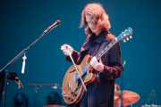 Skyler Skjelset, guitarrista de Fleet Foxes (Bilbao BBK Live, Bilbao, 2017)