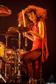 Úrsula Strong,baterista de Niña Coyote eta Chico Tornado (Bilbao BBK Live, Bilbao, 2017)