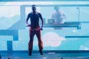 """Watkin Tudor Jones """"Ninja"""" -voz- y God -DJ- de Die Antwoord"""