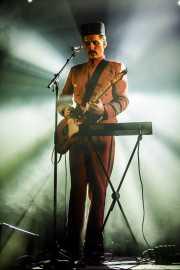 Jeppe Kjellberg, cantante, guitarrista y teclista de WhoMadeWho