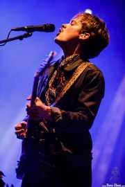 Jens Siverstedt, guitarrista de Mando Diao (Mundaka Festival, Mundaka, 2017)