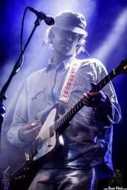 Pedrum Siadatian, guitarrista de Allah-Las (Mundaka Festival, Mundaka, 2017)