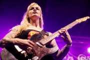 Natalie Sweet, guitarrista de The Control Freaks (Funtastic Dracula Carnival, Benidorm, 2017)