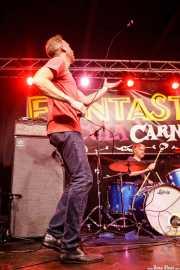 Jeremiah Kidwell -voz- y Mark Walters -batería- de The Revelators (Funtastic Dracula Carnival, Benidorm, 2017)