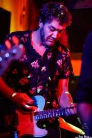 Aitor Godoy, guitarrista de The Northagirres (Shake!, Bilbao, 2017)
