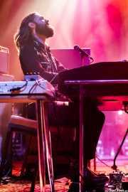 Robin Piso, teclista, organista y bajista de DeWolff (Kafe Antzokia, Bilbao, 2017)