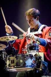 Nando Schaefer, percusionista (caja) de Meute (BIME festival, Barakaldo, 2017)