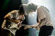 Mark Bowen -guitarra- y Lee Kiernan -guitarra- de Idles (BIME festival, Barakaldo, 2017)