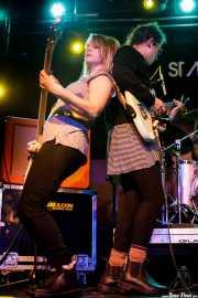 Kris Doty -bajo- y Sallie Ford -voz y guitarra- (Sala Stage Live (Back&Stage), Bilbao, 2017)