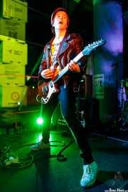 Alex Arson, guitarrista de Cyanide Pills (Nave 9 (Museo marítimo), Bilbao, 2017)