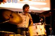Quique Gallo, baterista de Aullido Atómico (Hika Ateneo, Bilbao, 2017)