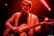 Paco Luis Martos, bajista, washtub bass y guitarrista de Guadalupe Plata (Santana 27, Bilbao, 2017)