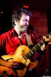"""Diego García """"El Twanguero"""", cantante y guitarrista (Satélite T, Bilbao, 2018)"""