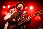 Michael Weston King -voz, guitarra, armónica- y Lou Dalgleish -voz y piano- de My Darling Clementine (Kafe Antzokia, Bilbao, 2018)