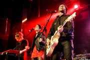 Olatz Andueza -teclado-, Ane Martínez -voz- y Jon Zubiaga -guitarra- de Anita Parker (Sala Stage Live (Back&Stage), Bilbao, 2018)