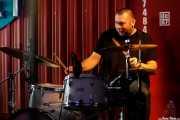 Mark Claydon, baterista de The Dustaphonics (Satélite T, Bilbao, 2018)