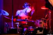 Guillermo Peña, baterista de Dead Bronco (Nave 9 (Museo marítimo), Bilbao, 2018)