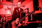 Juan Marco -batería-, Javi Diesel -voz y guitarra- e Iván Flores -bajo- de The Diesel Dogs (Shake!, Bilbao, 2018)