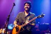Pit Idoyaga, guitarrista de Saúl & Friends (Kafe Antzokia, Bilbao, 2018)