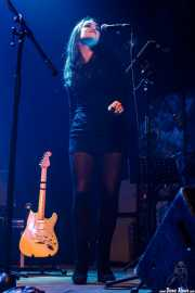 Lara Sagastizabal, cantante de Saúl & Friends (Kafe Antzokia, Bilbao, 2018)