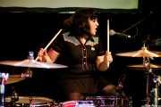 Sisuca, baterista y cantante de Hiroshima (Hika Ateneo, Bilbao, 2018)