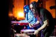 Melena Simone -teclado- y Mr. Smoky -batería- de Villapellejos (Hika Ateneo, Bilbao, 2018)