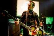Olivier, bajista de The Wylde Tryfles (Hika Ateneo, Bilbao, 2018)